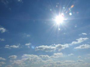 晴れの太陽